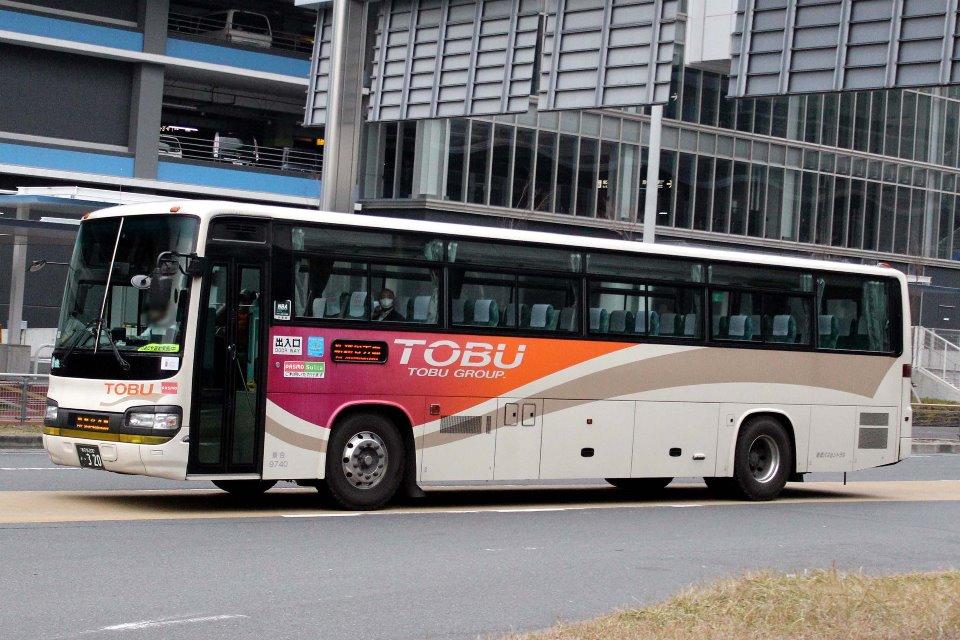 東武バスセントラル 9740