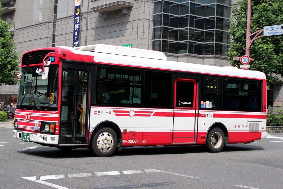 京阪バス W-3006