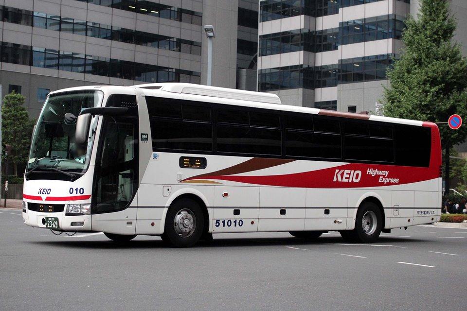 京王電鉄バス 51010