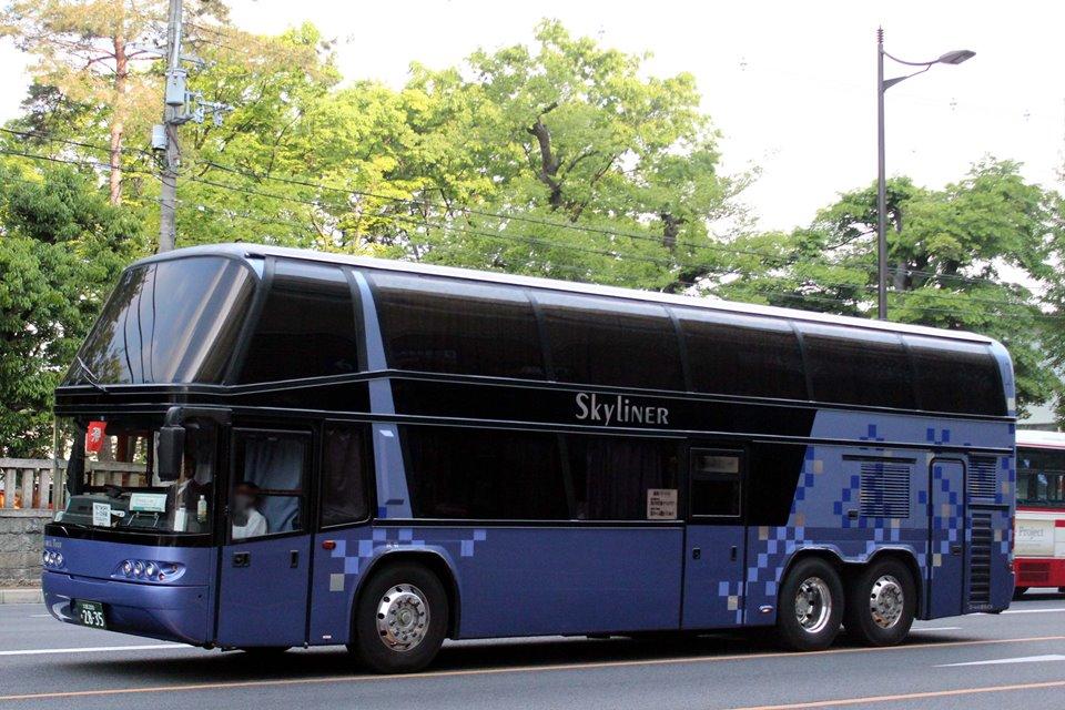 ローレル観光バス か2835