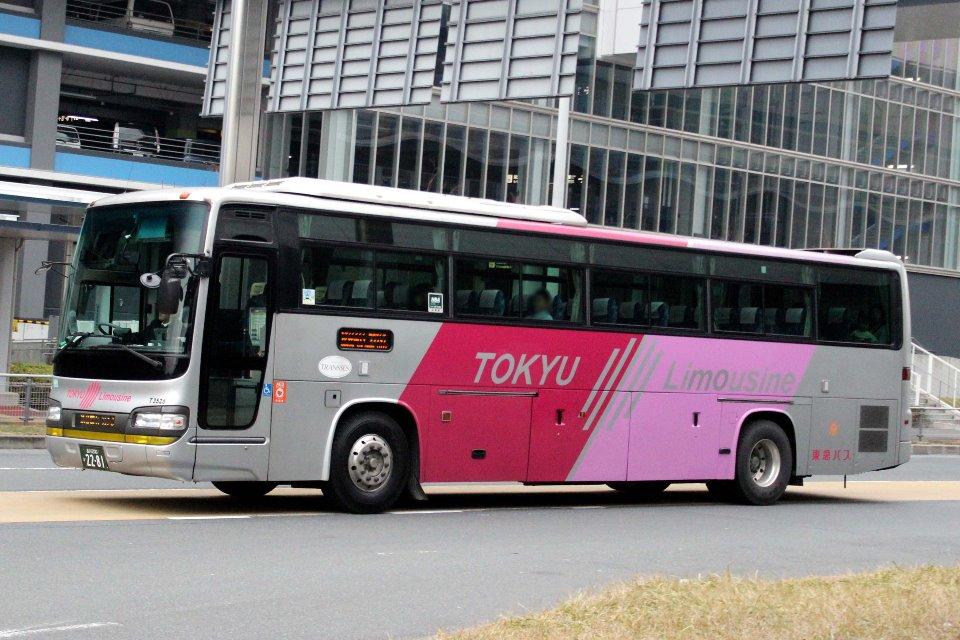 東急バス T3526