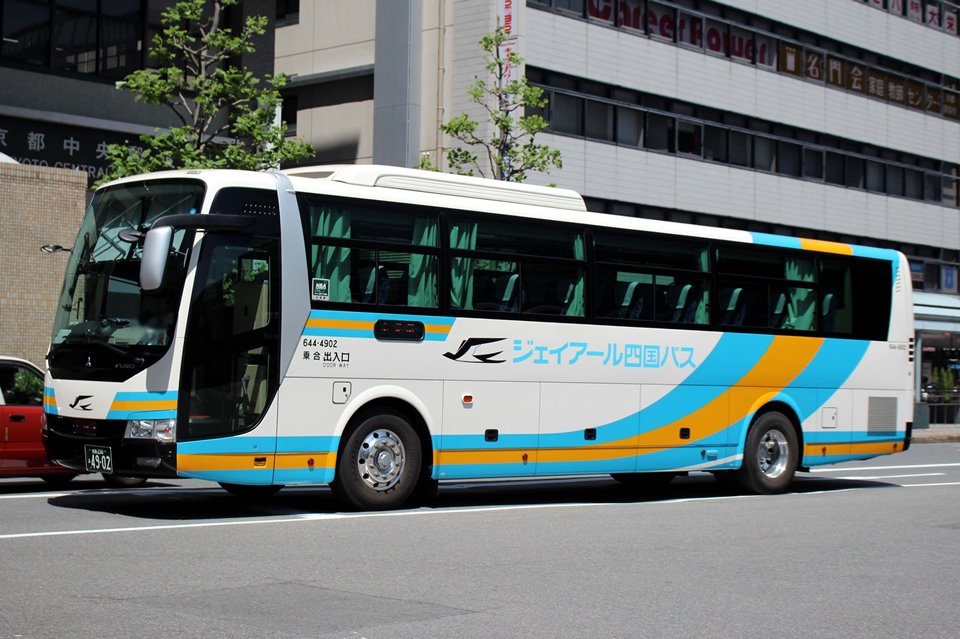 JR四国バス 644-4902