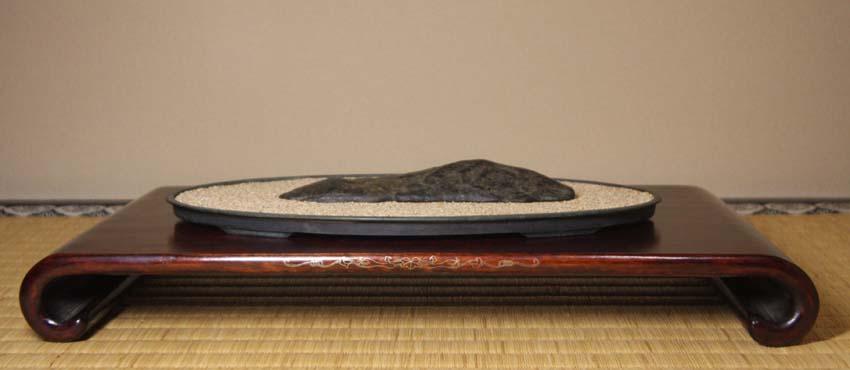 2016 水石飾り 長崎カムイコタン石と酷似2