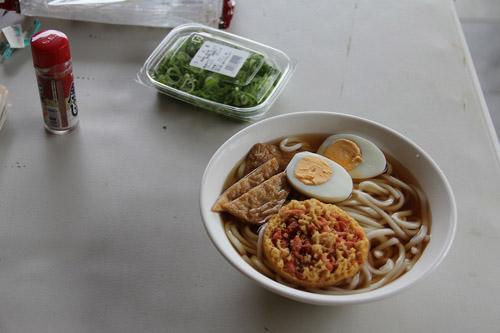 昼食 003