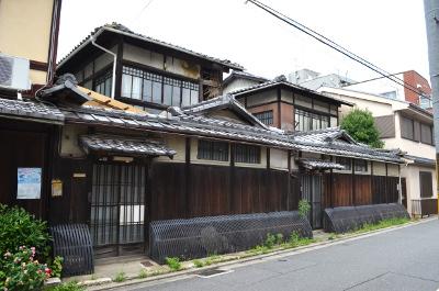 吉田の二軒屋