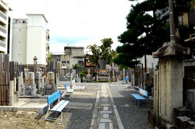 妙蓮寺墓地