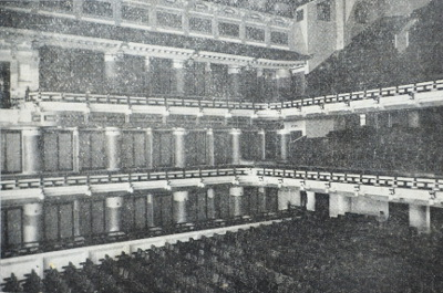 南座の客席