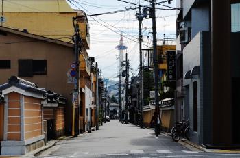 富小路の京都タワー