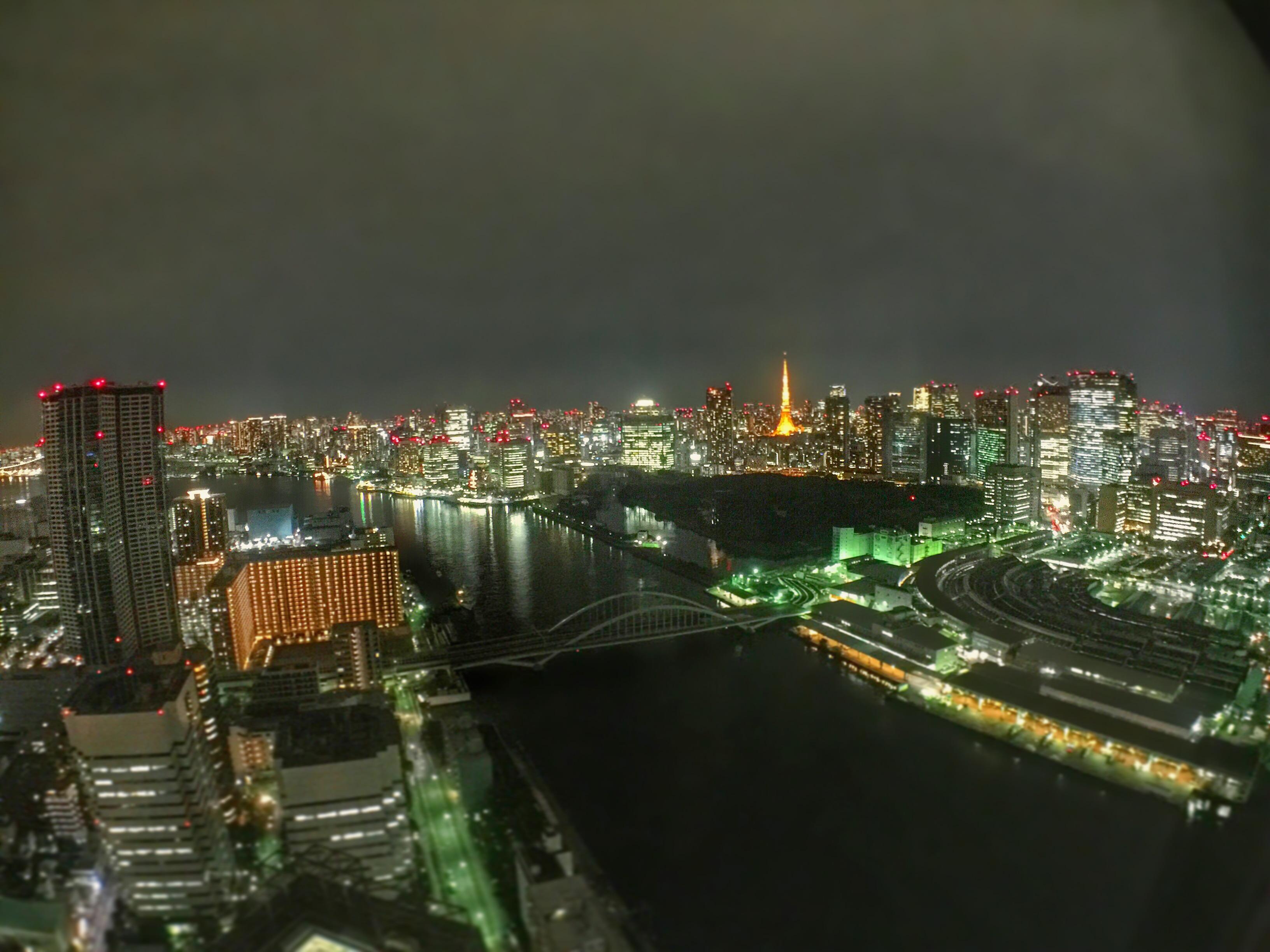 20161011スカイラウンジ夜景