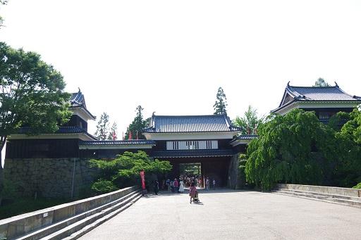 5-28お城入口