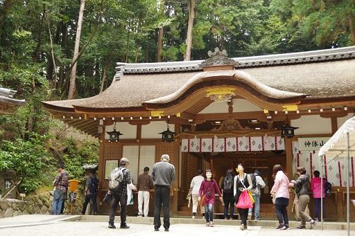 10-22狭井神社