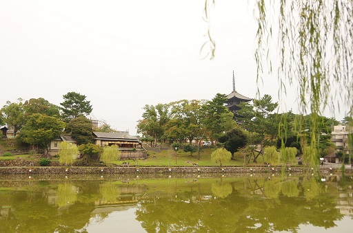 10-22猿沢池