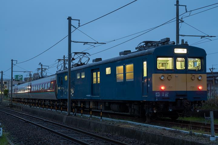 クモヤ145-449s