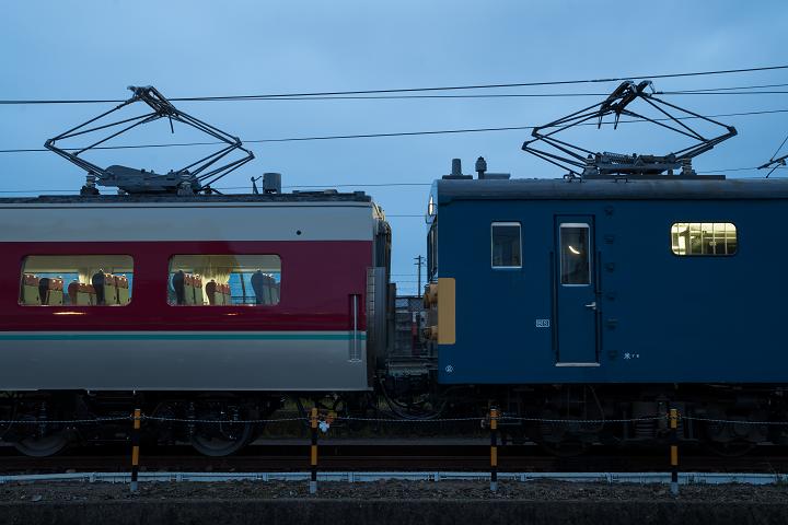 クモヤ145-450s