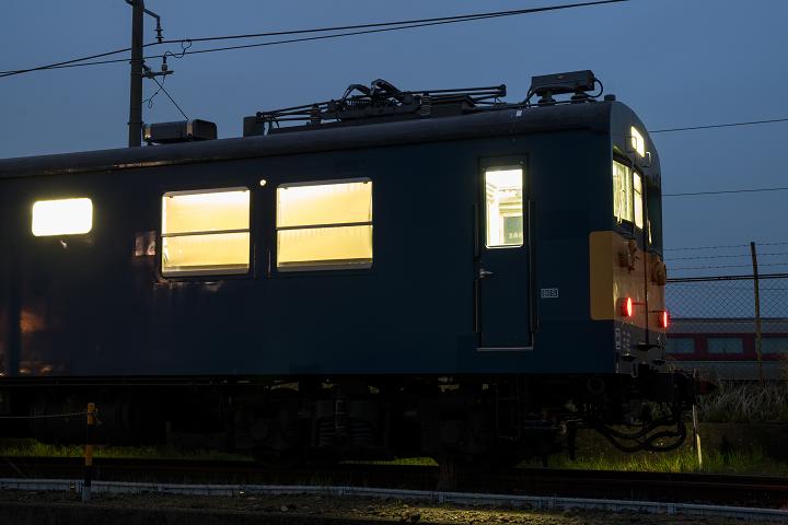 クモヤ145-453s