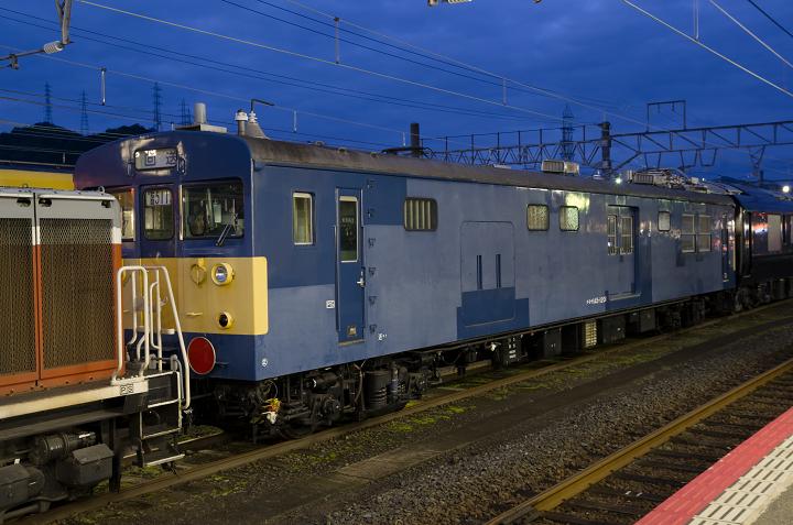 クモヤ145-560s