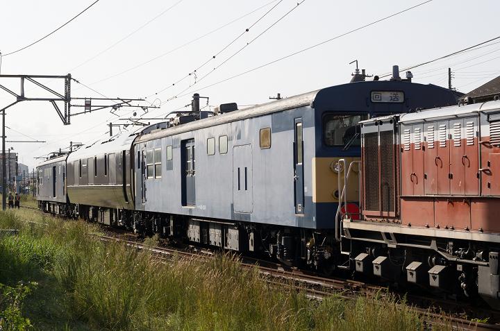 クモヤ145-587s