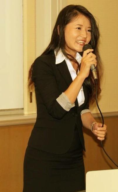 佐波優子 チラシ用写真