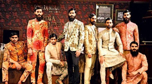 latest-sherwani-grooms-indian-wedding-oufits-for-men-indowestern-suits-696x38511.jpg