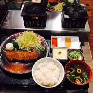 牛カツ定食2-min