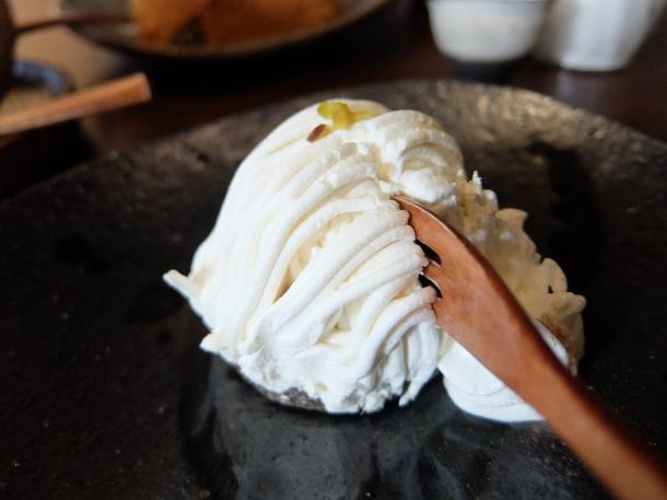 ごまと豆乳のモンブラン