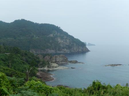 黒島から龍ヶ滝方面を望む