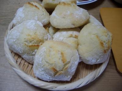 手作りパン(プチパン)