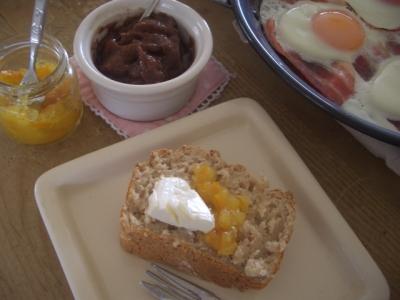 朝食(ライ麦パン)
