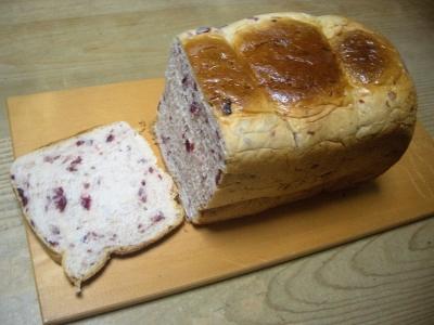 パンとカッティングボード