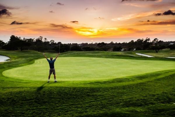 golf-alone.jpg