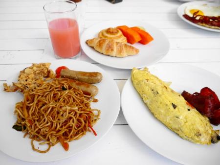 レゴンクラトンの朝食