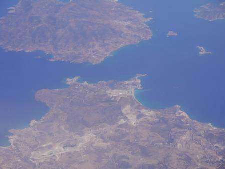 ミロス島とキモロス島