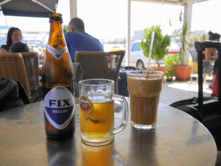 ビールとフラッペ