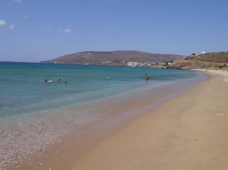 幸せを感じるアギオス・ペトロスビーチ