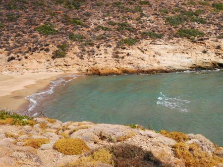 アテニのノンオーガナイズドビーチ