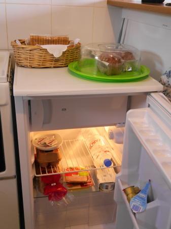 冷蔵庫内の差し入れ