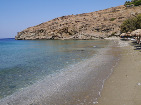 午前中静かなカリビアビーチ