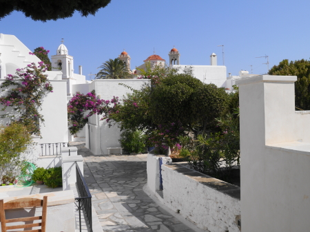 ピルゴスの白い建物