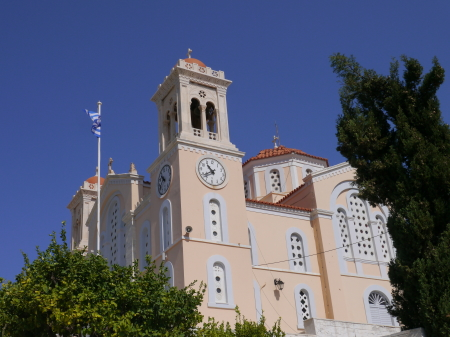 ピンク色の教会