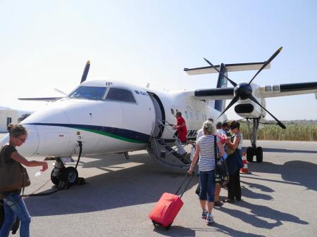 ナクソス空港プロペラ機