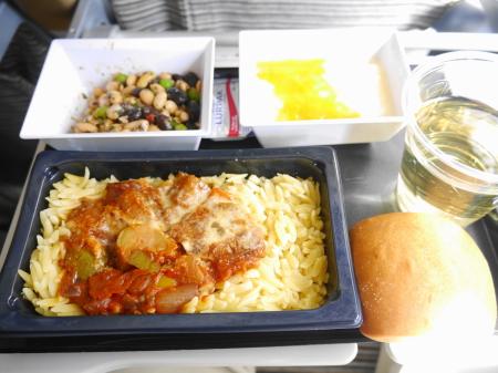 機内食パスタ