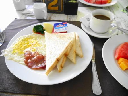 朝食アメリカン