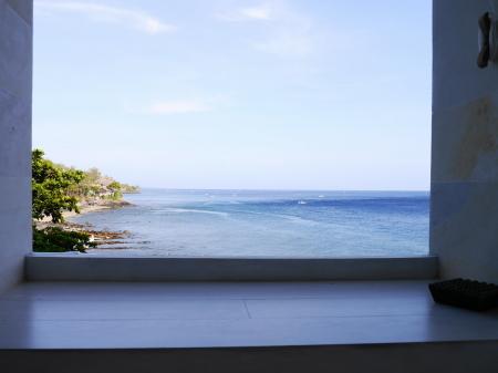 デイベッドから見える海
