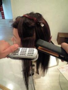 美容師のための【裏教科書】ハイヤマカシ-100820_1648~0001.jpg