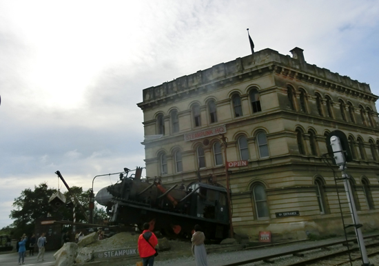 oamaru-steam-punk.jpg