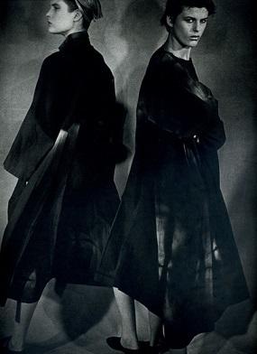 黒ファッション画像