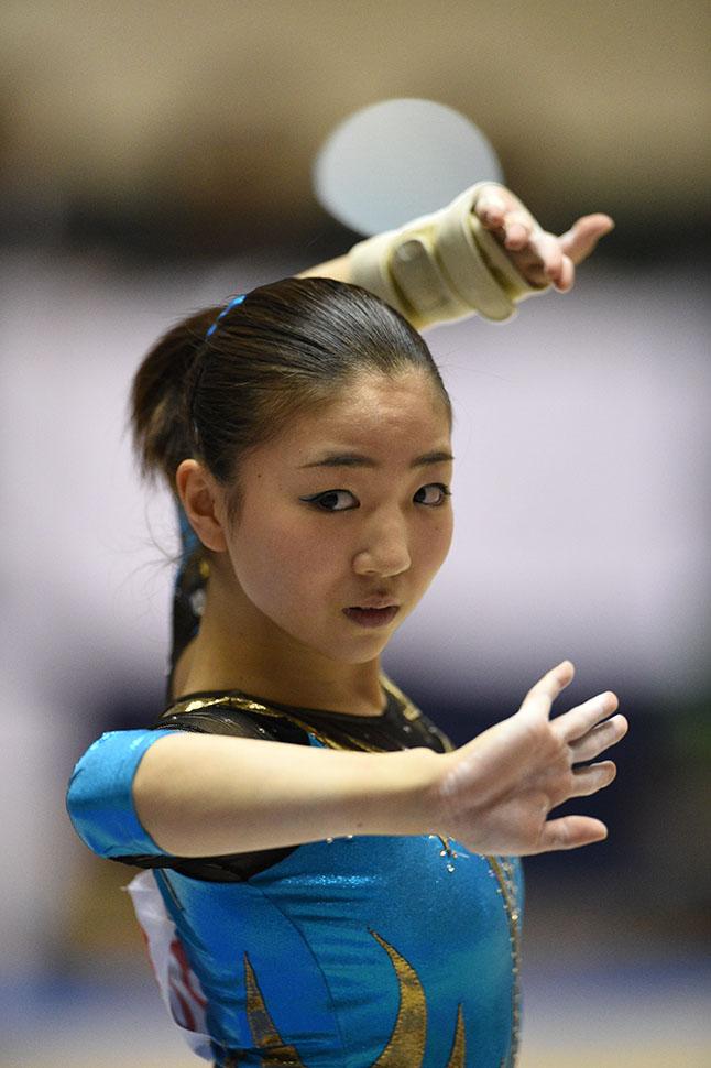 女子体操選手の寺本明日香