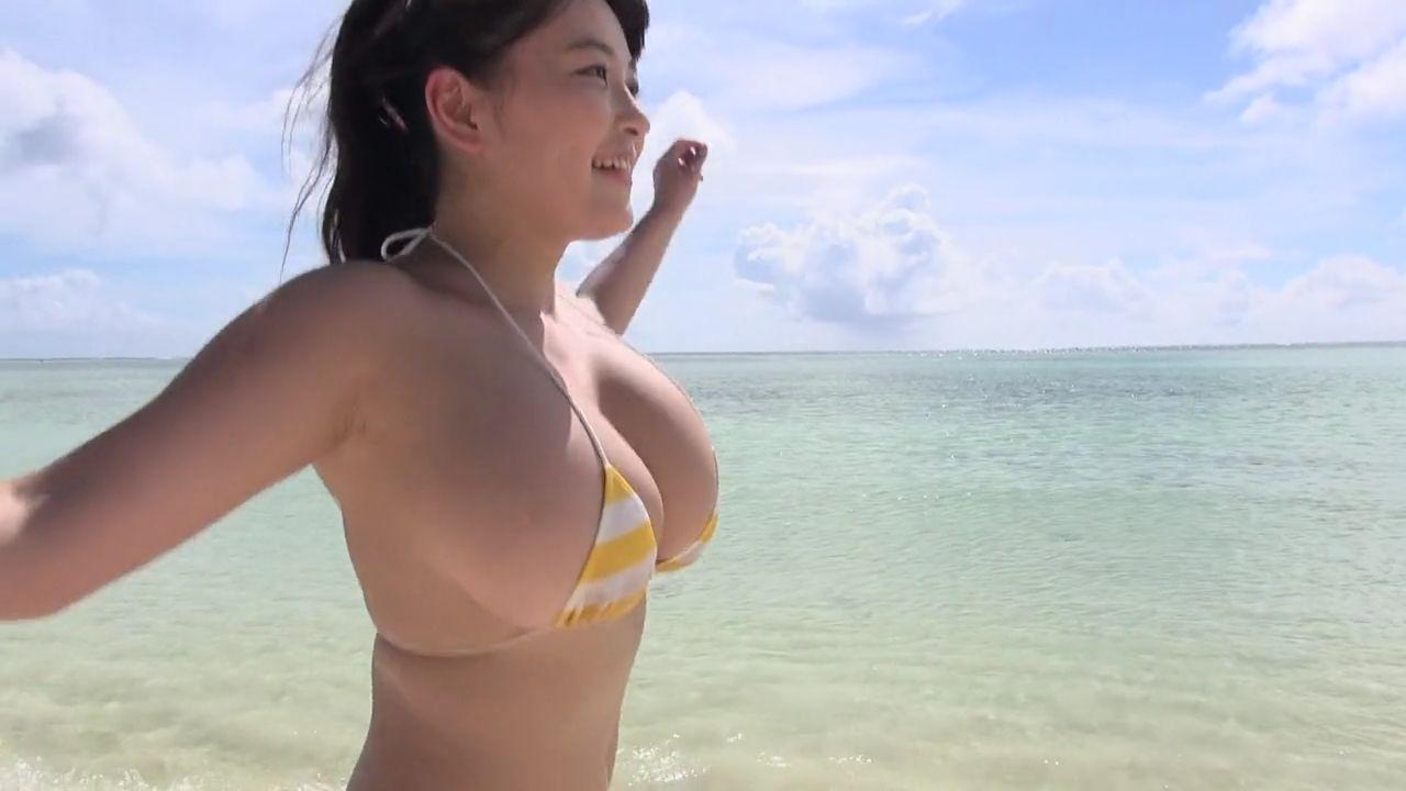 柳瀬早紀のイメージビデオDVD「愛しの女神さま」キャプチャ画像