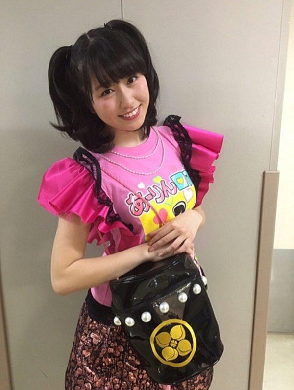ももクロのピンク、あーりんこと佐々木彩夏がTシャツで強調した着衣巨乳