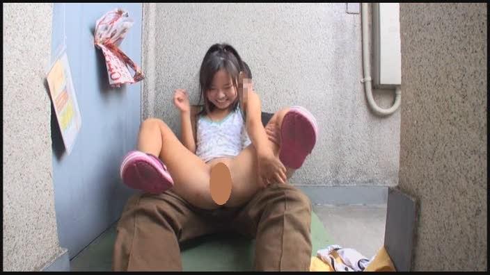 ロリAV女優・加賀美シュナのAVキャプチャ画像